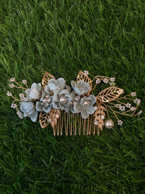 Floral Pearly Piesta Hair Comb