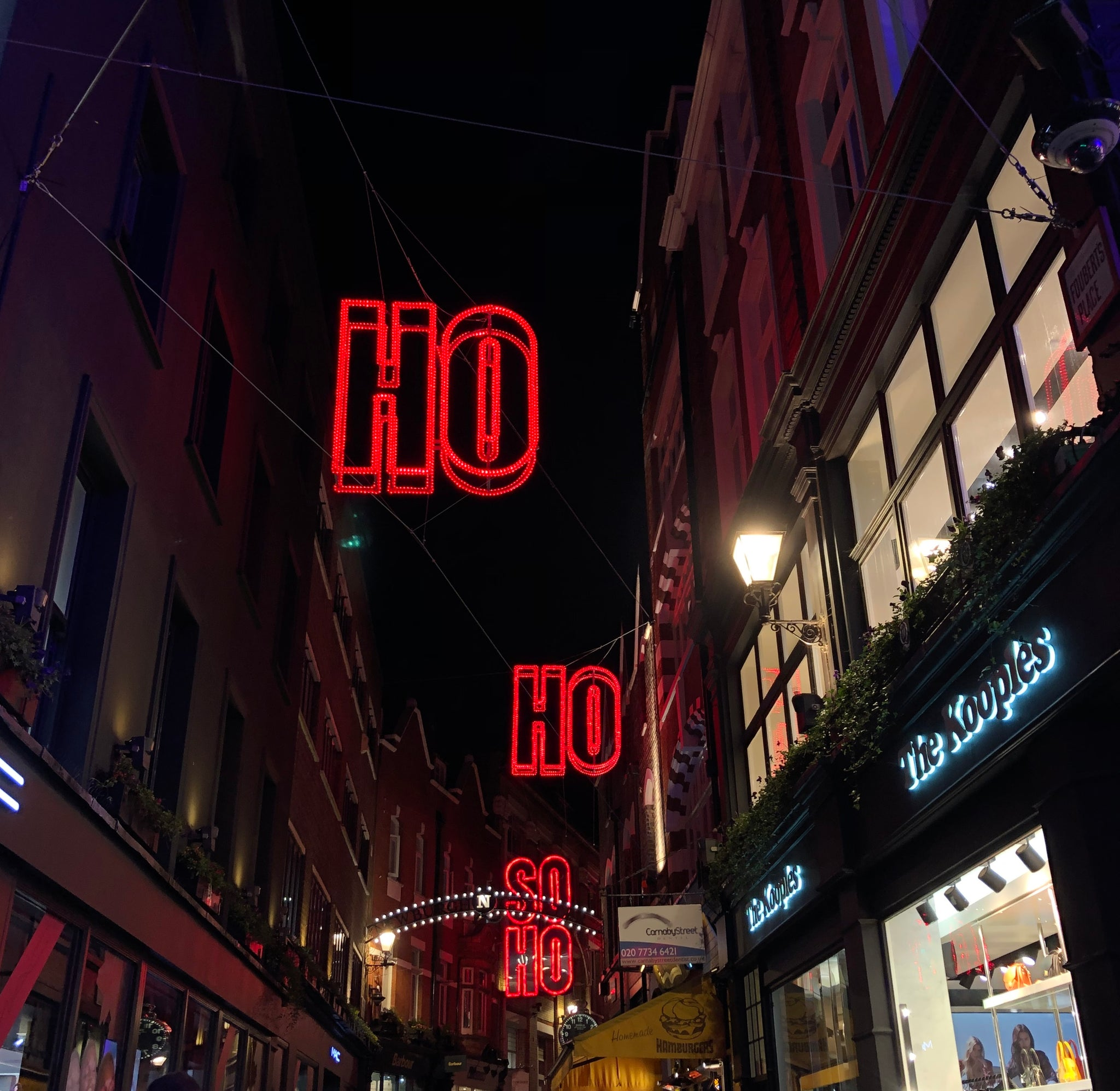 Getting into London's pre-Xmas spirit with Lola Miller