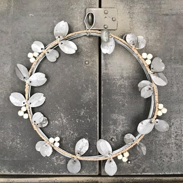 3467 Metal wreath-Berries & leaves - Mrs Best Paper Co.