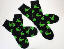 Alligator Pattern on Black Socks (Adults and Childrens)