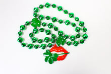 Lips Biting Four Leaf Clover Bead