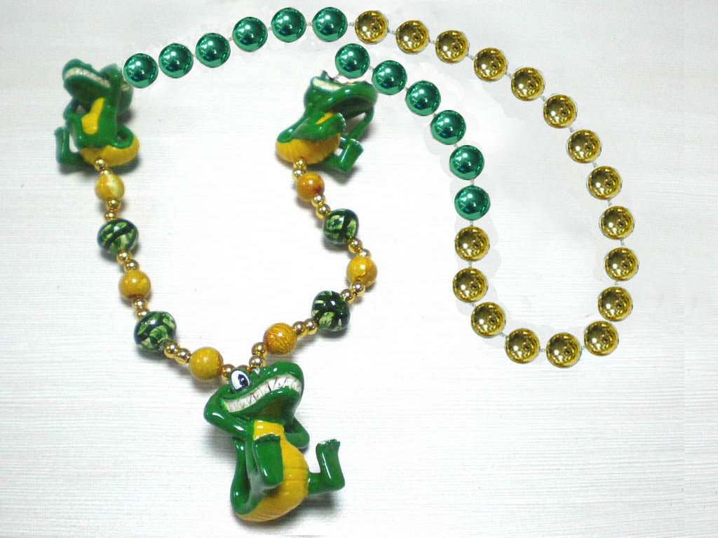 Alligator Hear, See, Speak No Evil Trio on Green Gold Specialty Beads
