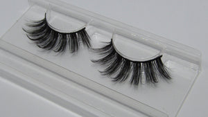 'Level Up' Luxury Eyelashes