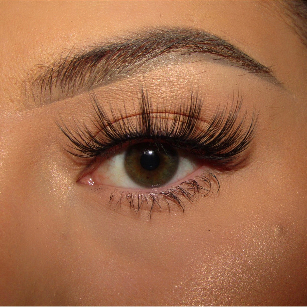 'Tease' Luxury Eyelashes