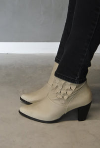 SCALE booties AW|18