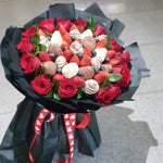 DUO SURPRISE CHOCOLATE STRAWBERRY BOUQUET