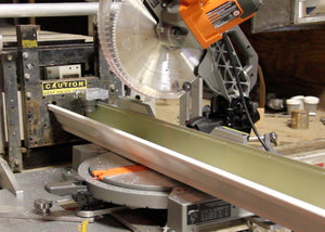 Retractable Saw / Scie redressable