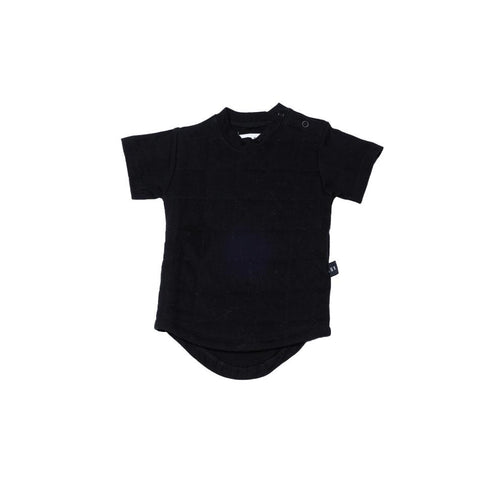 Huxbaby organic black quilted drop back t-shirt