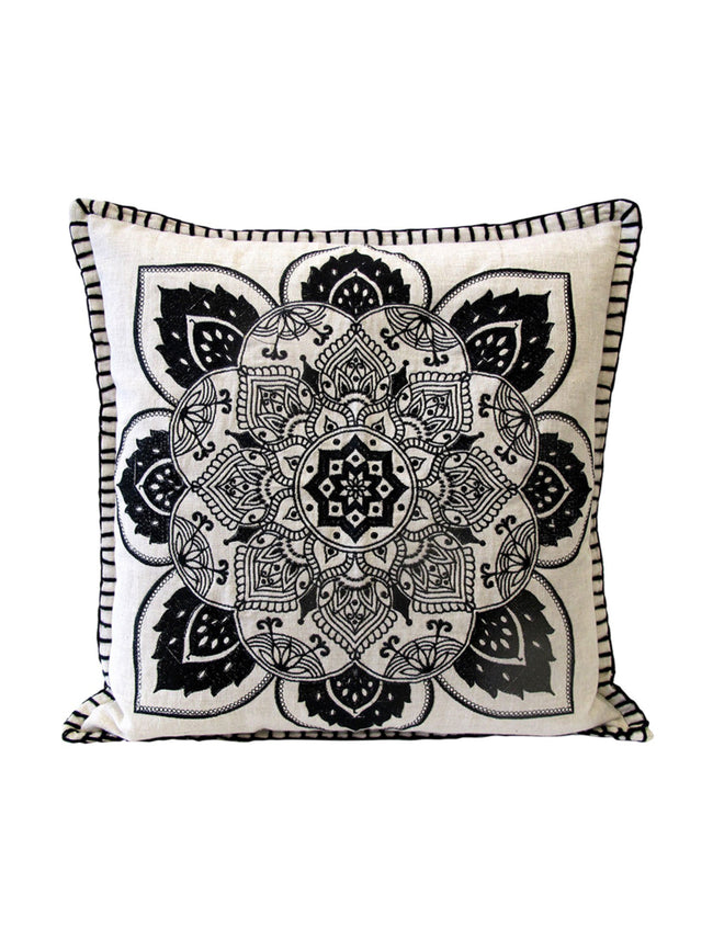 MANDALA CUSHION