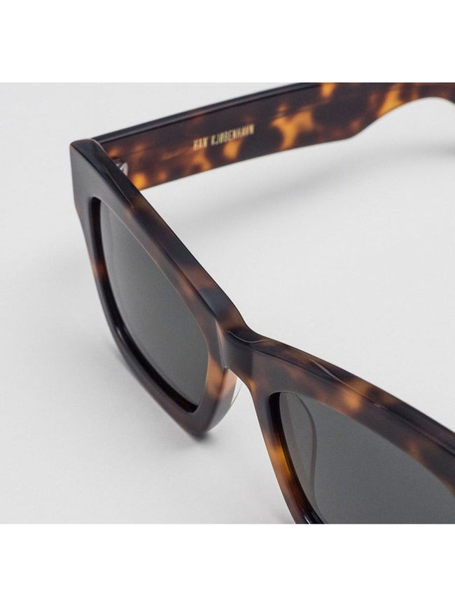 BRICK RAVEN RETRO SUNGLASSES