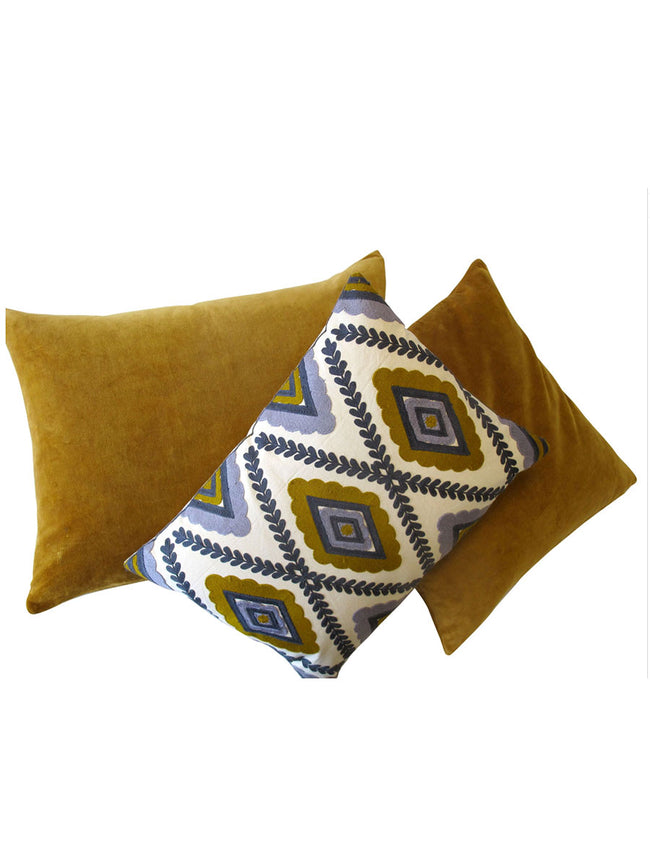 VELVET CUSHION LARGE - MUSTARD