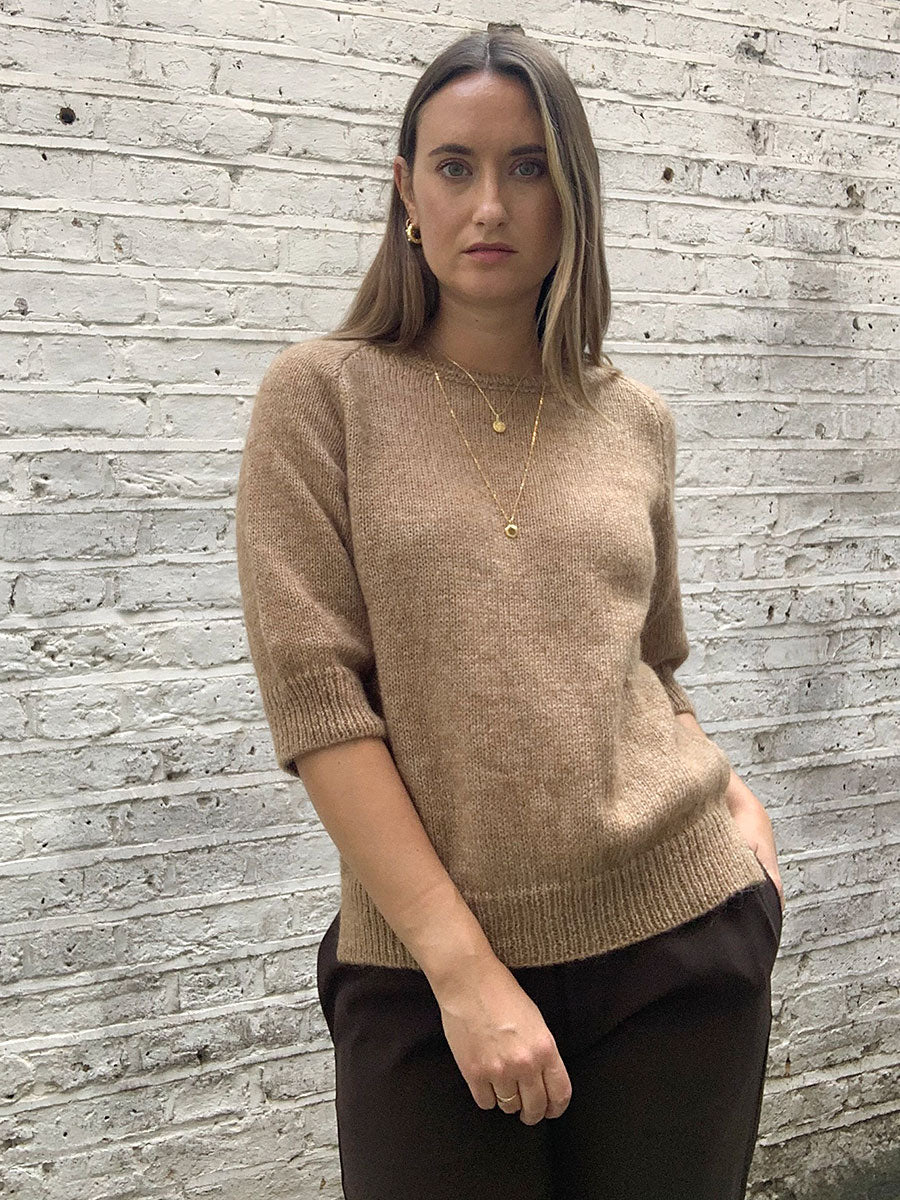 ROSIE CROPPED SLEEVE JUMPER - CAMEL