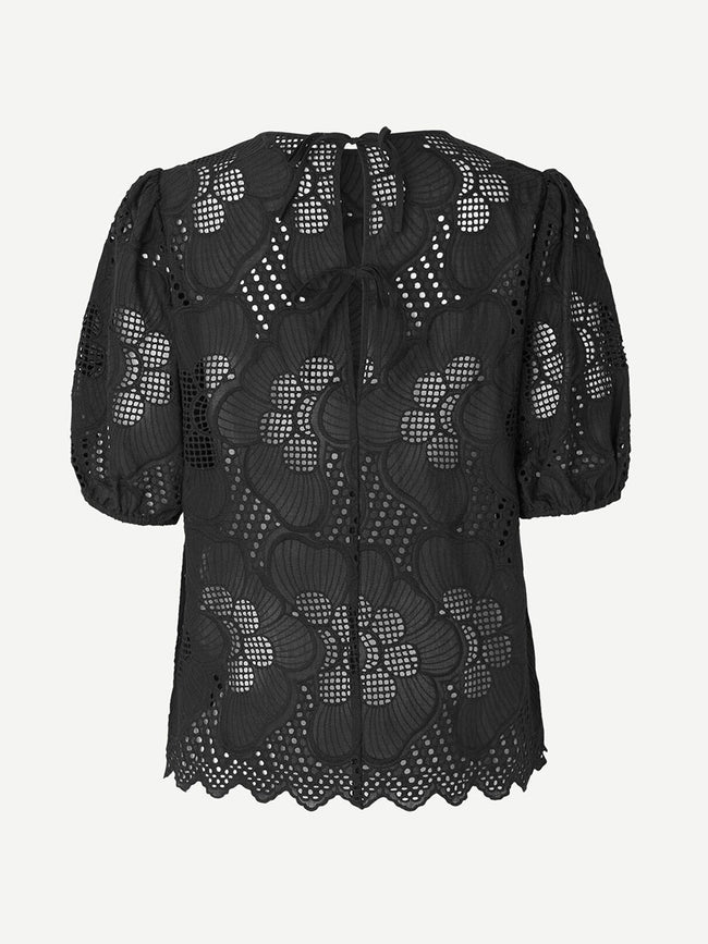JUNI CUTWORK BLOUSE - BLACK
