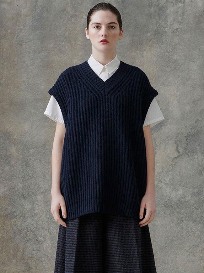 KEIKO KNITTED VEST - SKY CAPTAIN