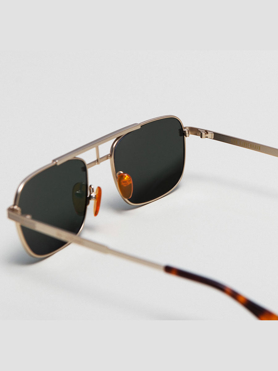 PLANE AVIATOR SUNGLASSES - MATTE GOLD
