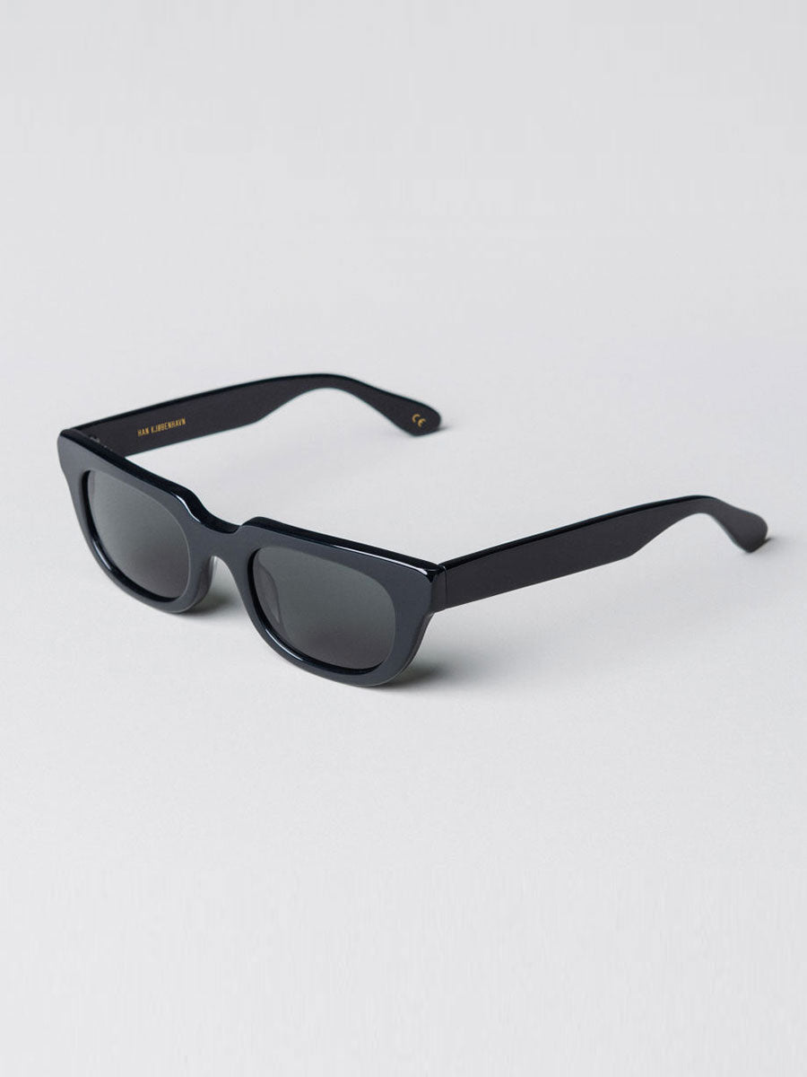 ROOT BLACK HALF MOON SUNGLASSES