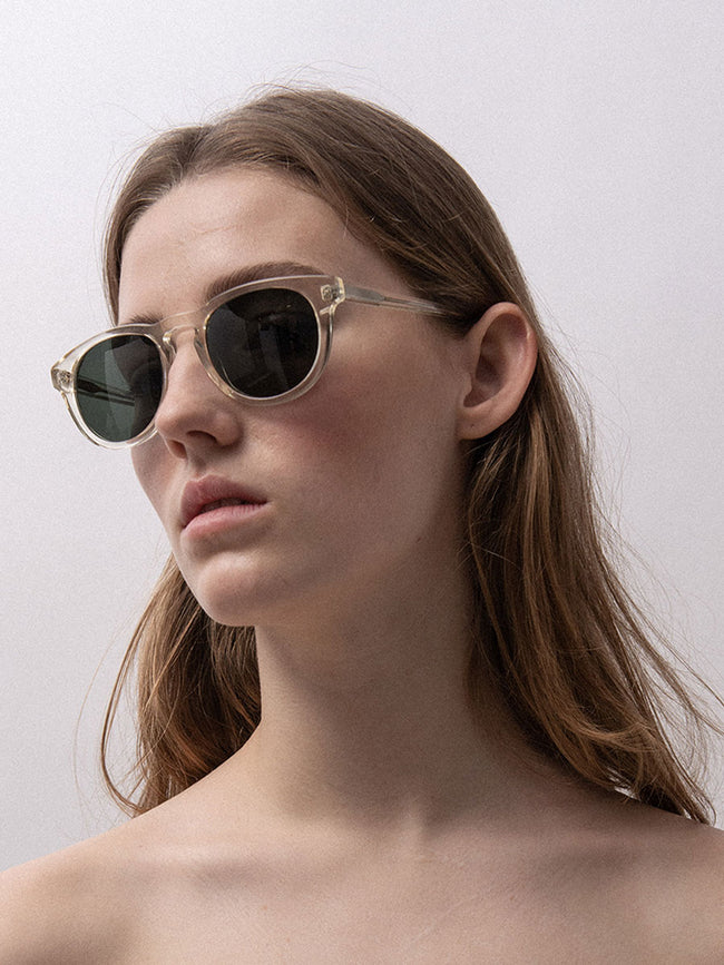 TIMELESS SUNGLASSES - CHAMPAGNE