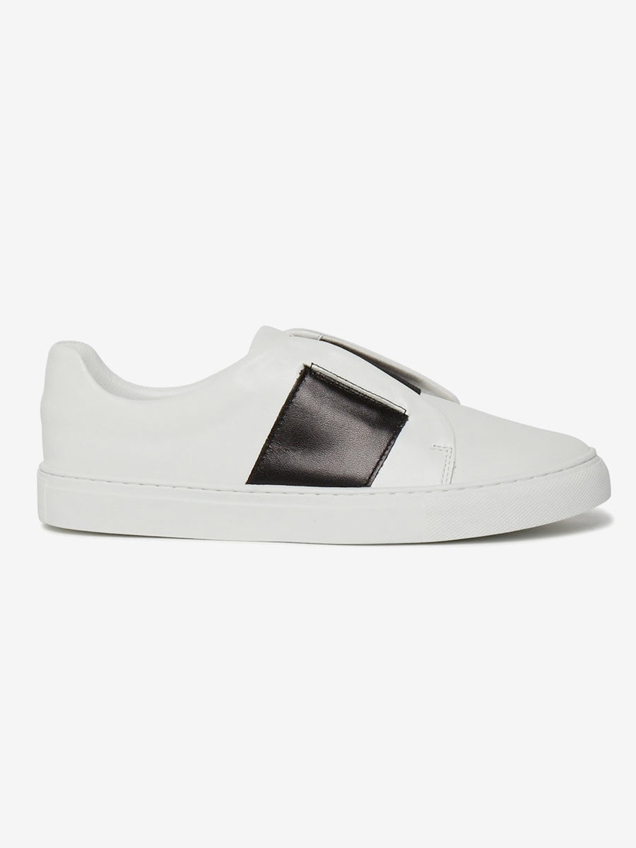 ELASTIC SLIP ON TRAINERS - WHITE/BLACK