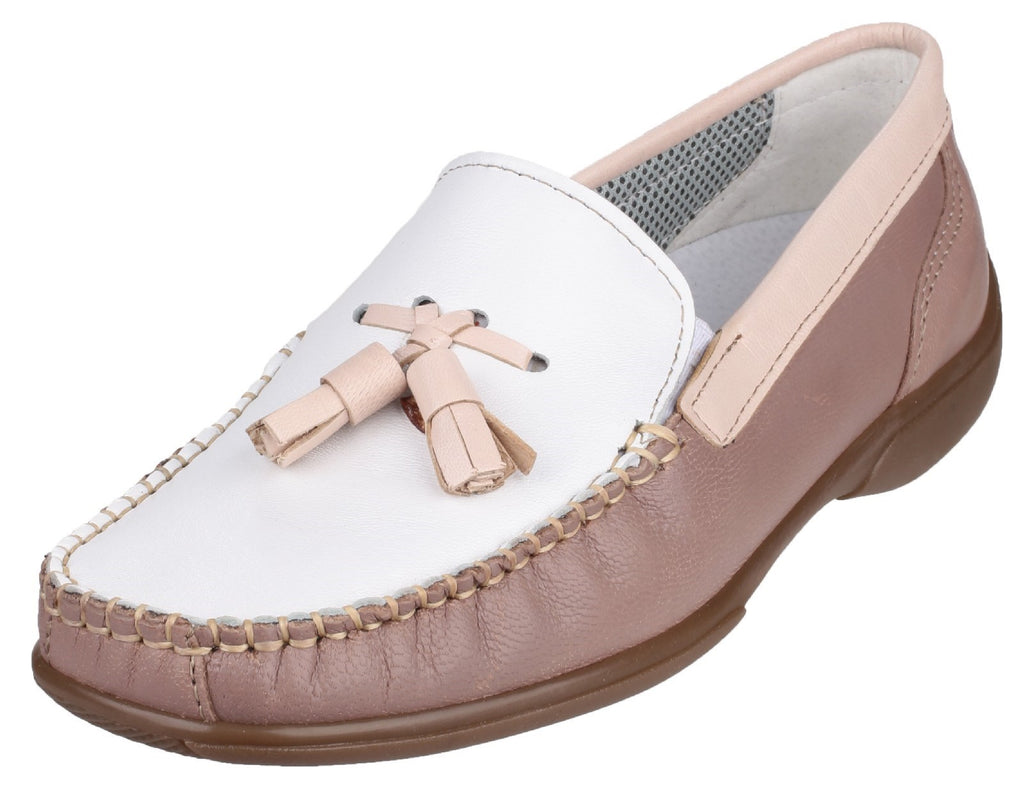 Biddlestone Slip On Loafer Shoe White/Beige/Tan