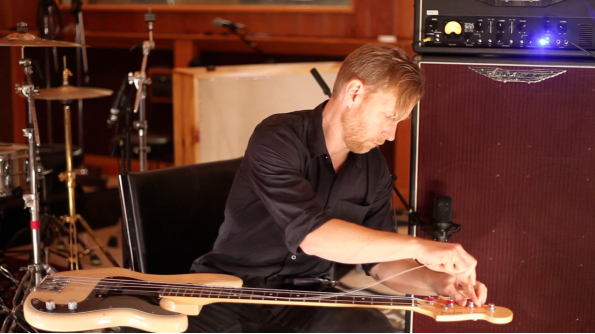Nate Mendel takes you through the NM2 signature pedal by Ashdown