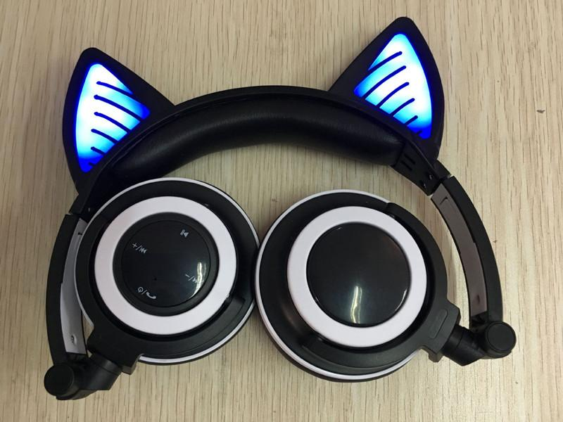 Glory® -  BLUETOOTH LED CAT EAR HEADPHONES (Wireless & Rechargeable) - 2017 Folding and Flashing