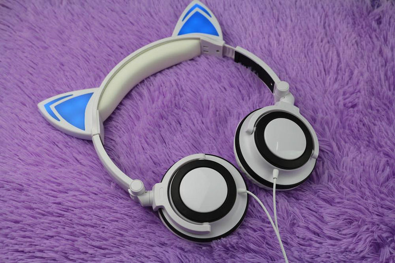 LED Flashing Hot Cat Ear Headphone White