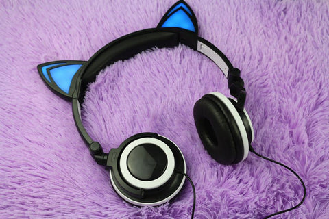 Ailurophile™: Flashing & Glowing Cat Ear LED Headphones - Very Hot