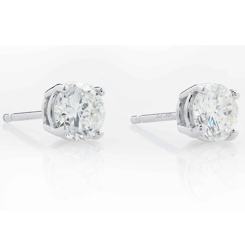 1.06 Carat Total Weight Diamond Stud Earrings