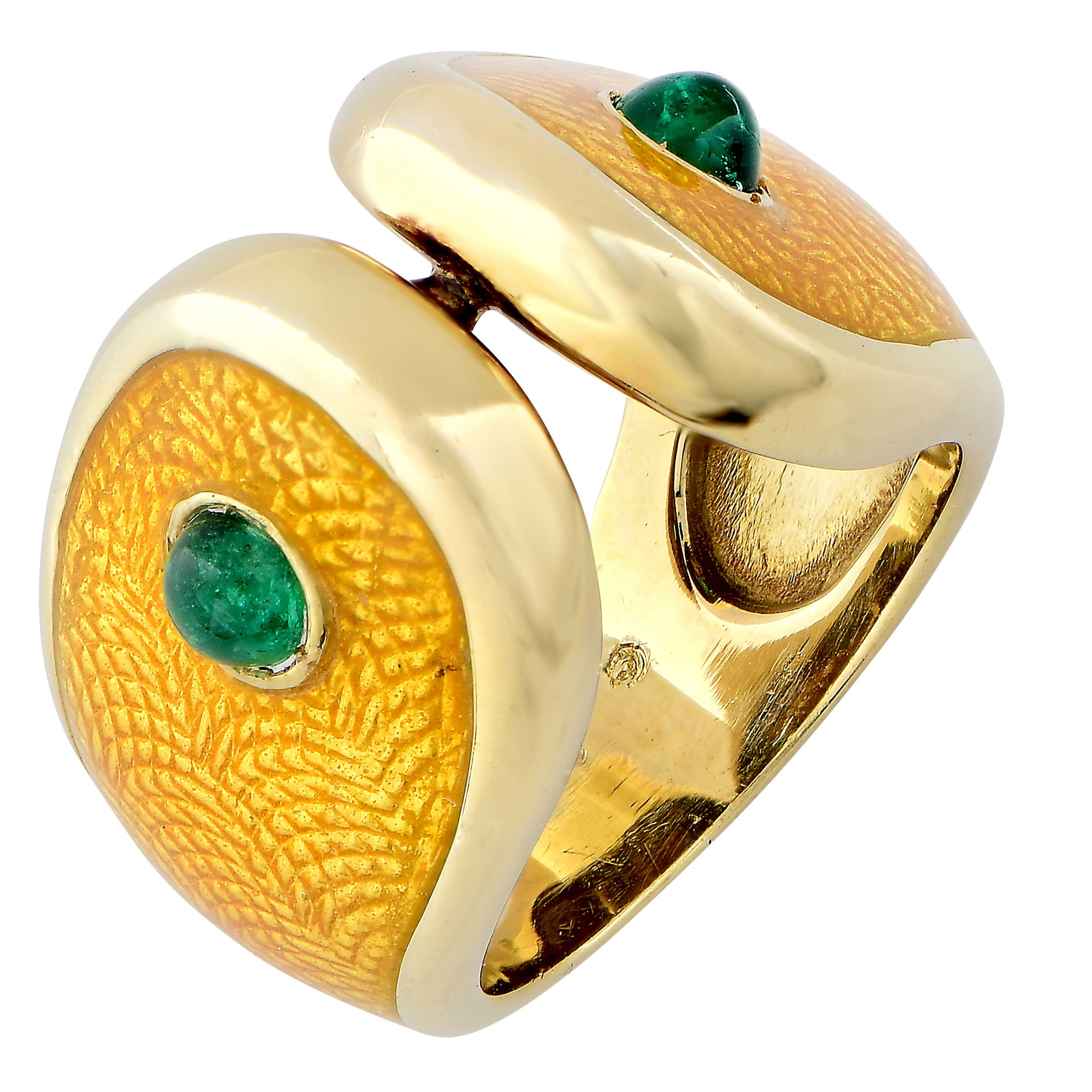 Carvin French Patterned Owl Emerald and Yellow Enamel 18 Karat Yellow Gold Ring