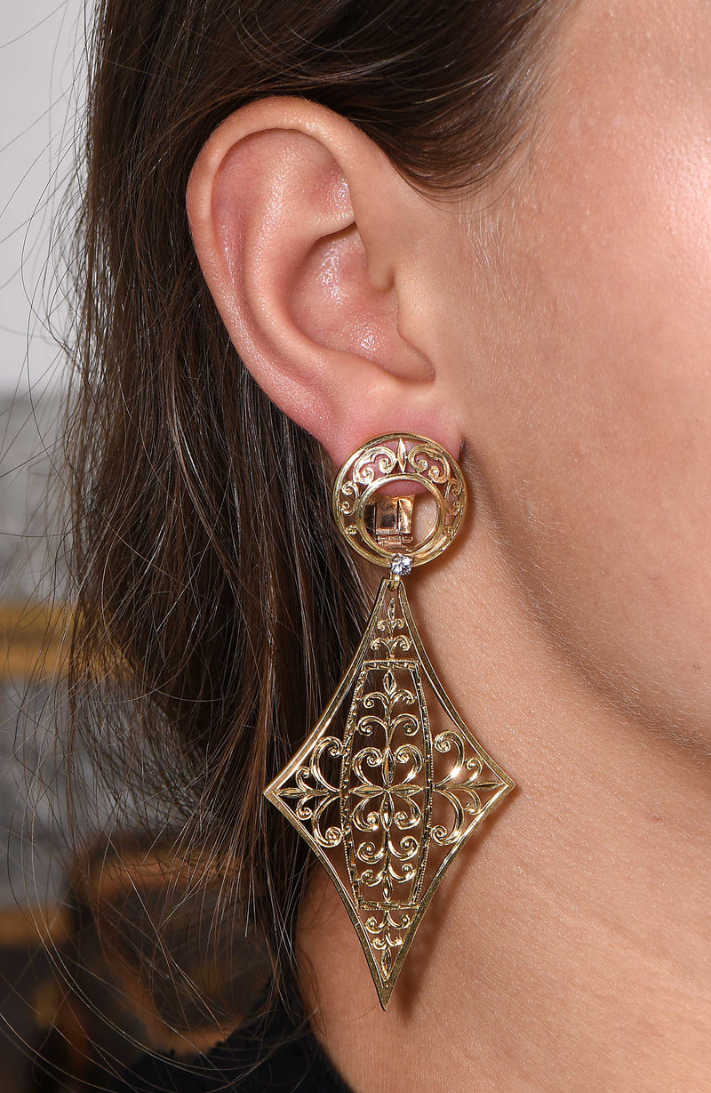 1960s Large Gold Earrings With Etched Details