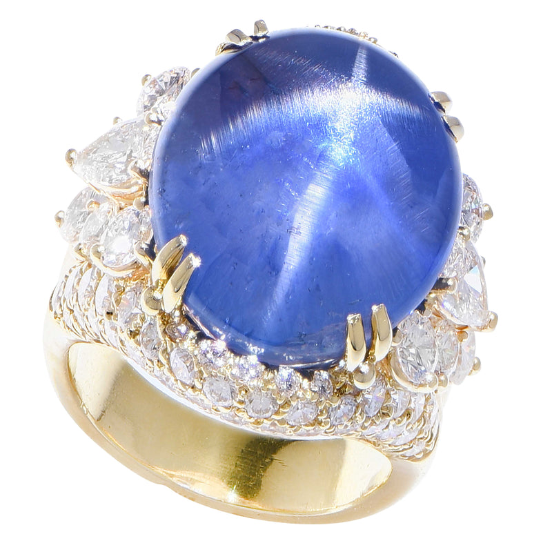 Henry Dunay Important  39 Carat Star Sapphire Diamond Gold Ring