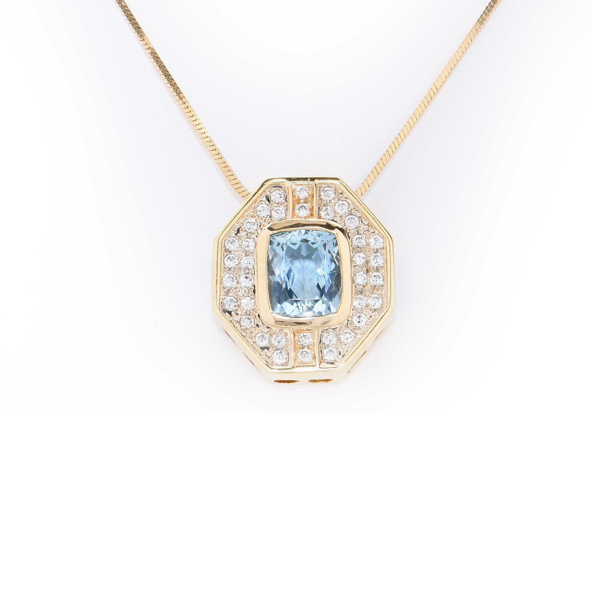 5.5 Carat Aquamarine & Diamond Gold Pendant Necklace