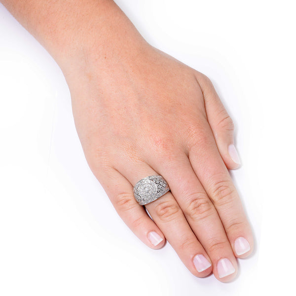 .90 Carat Diamond White Gold Cocktail Ring