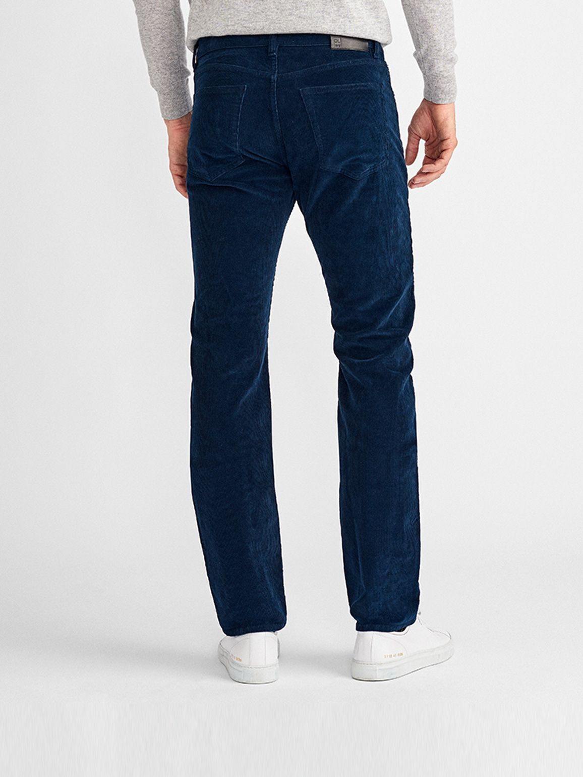 Men - Russell Slim Straight | Scout - DL1961