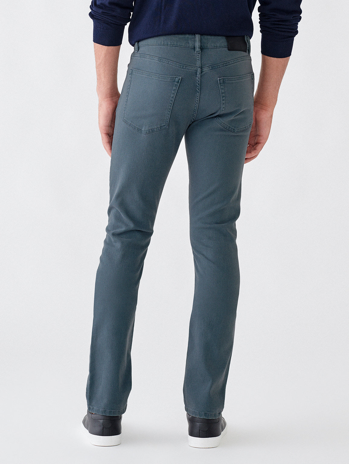 Russell Slim Straight | Steel Blue