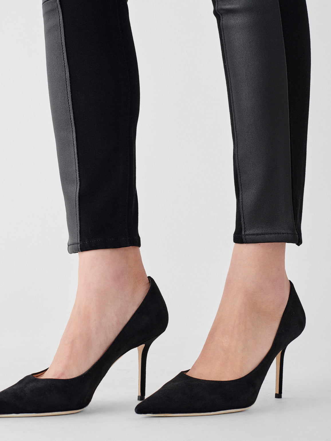 Farrow Ankle High Rise Skinny | Stills