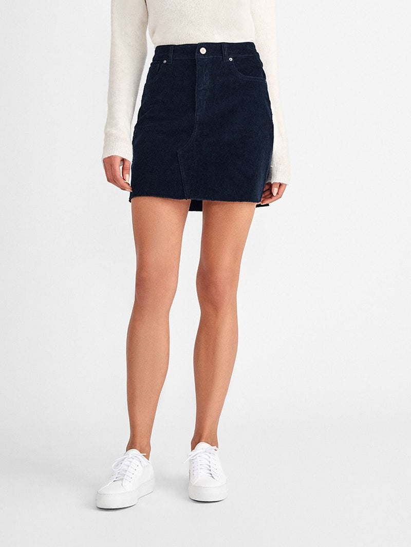 Karlie Low Rise Boyfriend Short | Ingram