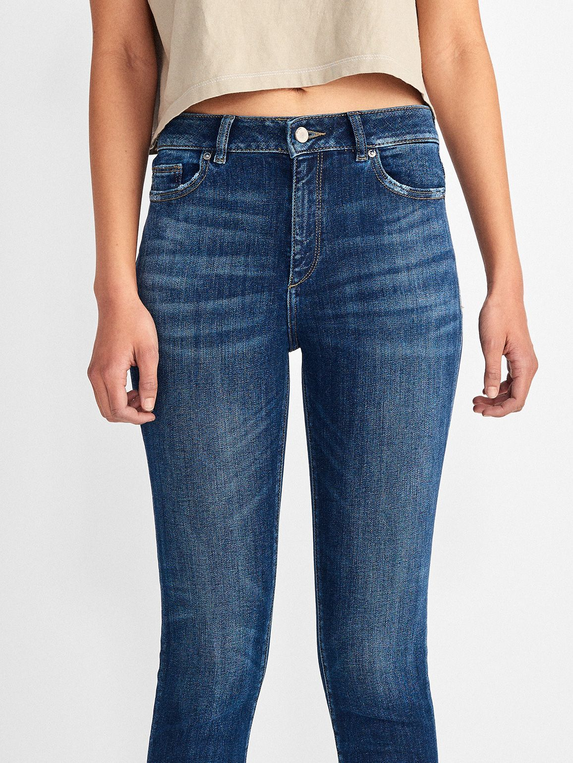 Women - Chrissy Ultra High Rise Skinny | Wakely - DL1961