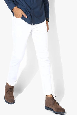 Tapered white jeans - THE UNIQUE FIT