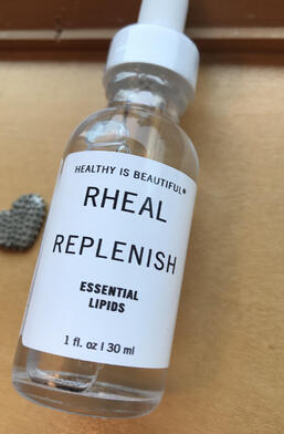 replenish essential lipids moisturizer