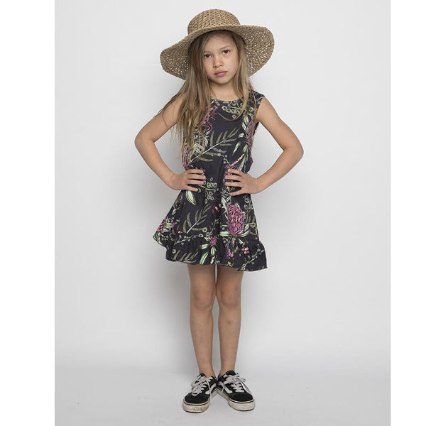Black sleeveless dress with floral print for girls