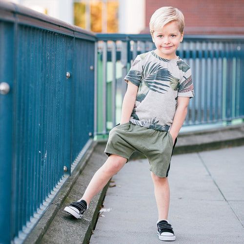 Boys olive knit shorts
