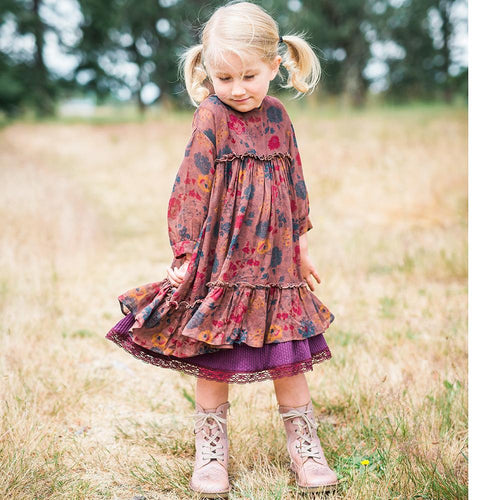 Blu Pony Vintage Winter Floral Mabel Dress model in grass