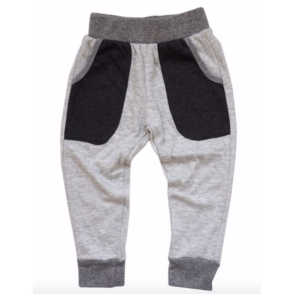 Miki Miette grey boys sweatpants with black pockets