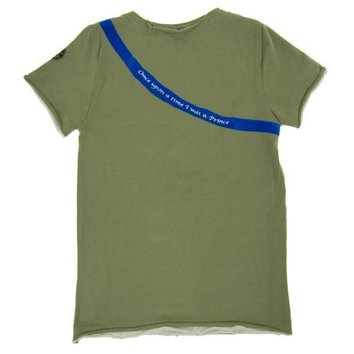Back of green short sleeve tee with blue line