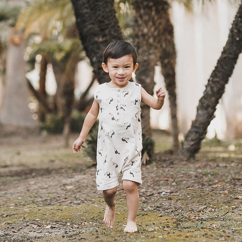 Sleeveless romper with toucan print for boys