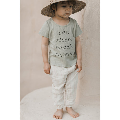 Pale green beach graphic short sleeve tee for kids