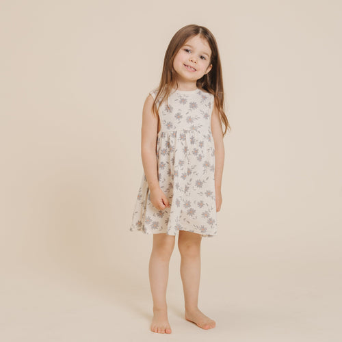 Rylee and cru daisy print knit sleeveless girls dress
