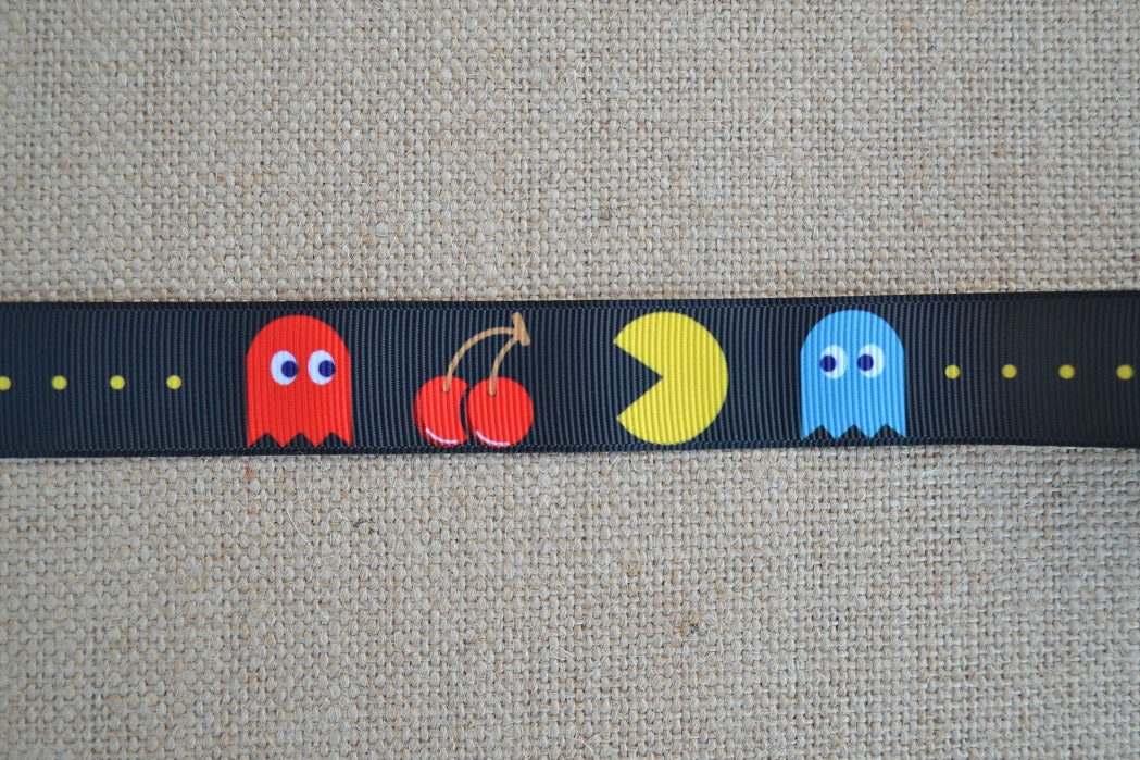 dog colar pac man video game