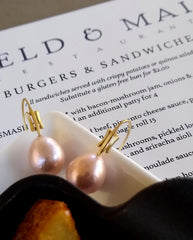 Perfect Pearls for a  quiet lunch with someone special!